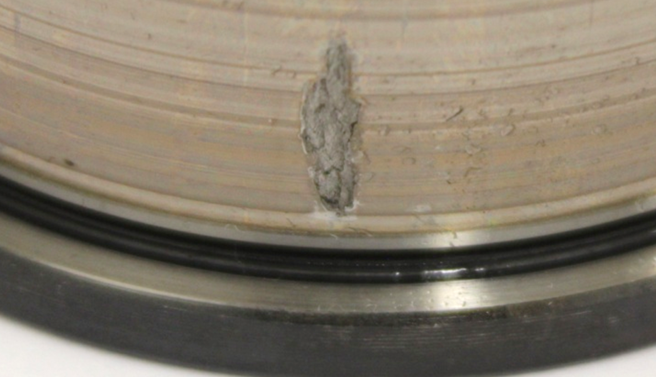 Reference damage pattern from a high load test rig experiment conducted by Elgeti Engineering